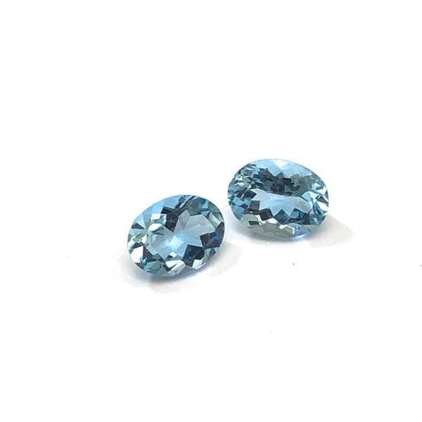 aquamarin,oval,blau