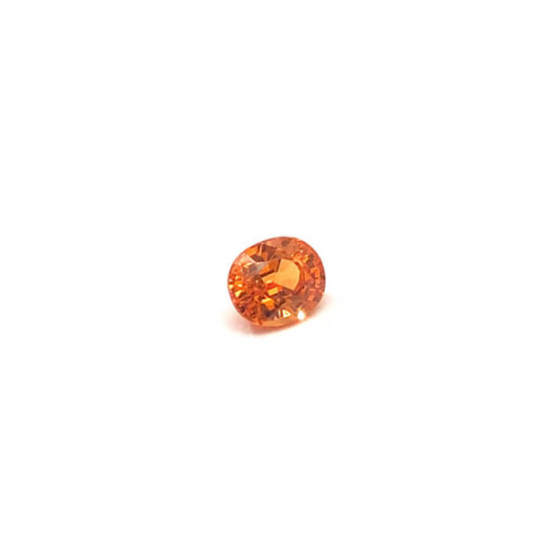 mandarin-granat-spessartin-facettiert-6mmx5mm-oval-1ct-in-orange-0201b