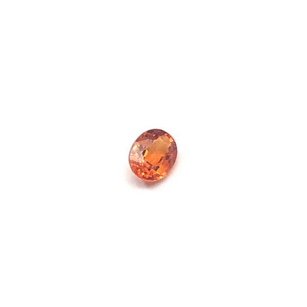mandarin-granat-spessartin-facettiert-7mmx5mm-oval-1ct-in-orange-0119b