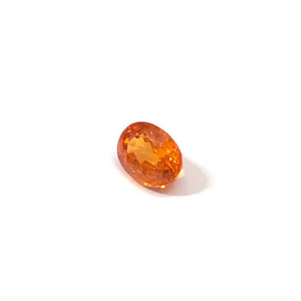 mandarin-granat-spessartin-facettiert-8mmx6mm-oval-2ct-in-orange-0100b