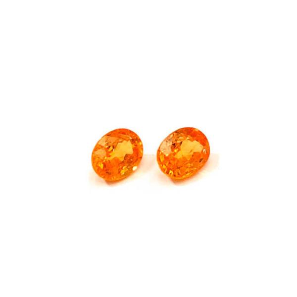 mandarin-granat-spessartin-facettiert-8mmx6mm-oval-4ct-in-orange-0216b