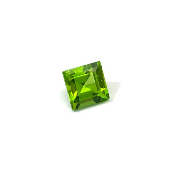 peridot-carre-grün
