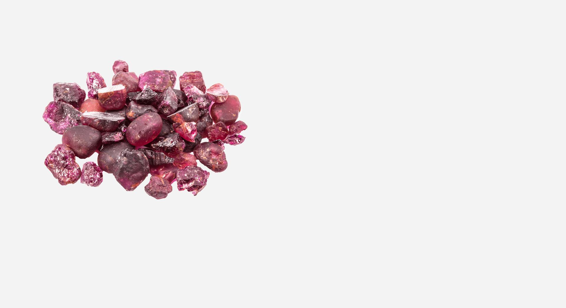 rohe-edelsteine-gross