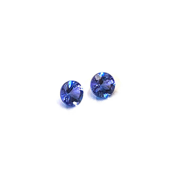 tansanit-facettiert-5mm-rund-1ct-in-blau-0332b