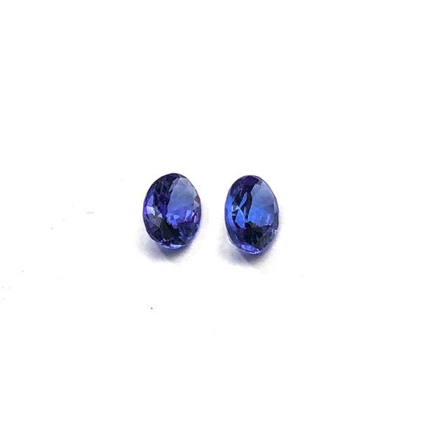 tansanit-facettiert-8mmx6mm-oval-2ct-in-blau-0255b