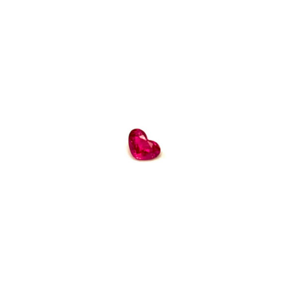 Rubin-kaufen-rot-herz