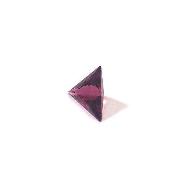 turmalin-facettiert-11mm-triangel-3ct-in-rot-0614b